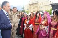 EL EMEĞİ GÖZ NURU - Hakkari'de Yılsonu Şenliği
