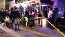 CAHIT ZARIFOĞLU - Kocaeli'de Yangın Çıkan Otelde 10 Kişi Dumandan Etkilendi