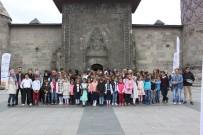İLKÖĞRETİM OKULU - Köy Öğrencilerine Tarihi Gezi