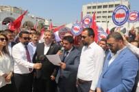 ANADOLU GENÇLIK DERNEĞI - Mersin'de İsrail Katliamı Protesto Edildi