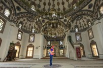 NEVŞEHİR BELEDİYESİ - Nevşehir'de Camiler Gül Kokuyor