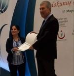 Solmaz Ebe Ardahan'da Yılın Ebesi Seçildi
