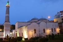 Tarihi Siirt Ulu Camii'nde İlk Teravih Kılındı