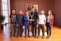 ÖĞRENCİ KONSEYİ - Türkiye 2'Ncilerinden Rektör Taş'a Ziyaret