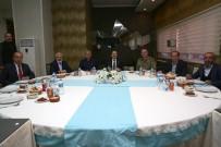Vali Pehlivan Bayburtspor'un Yemeğine Katıldı
