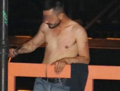 Adana'da korkunç olay! Yarı çıplak olan bir kişi ekmek bıçağı ile...