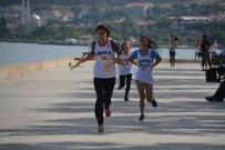 ALIYEV - Aliağa'da Çekişmeli 'Gençlik Koşusu'