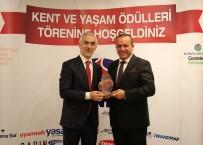 ÜCRETSİZ İNTERNET - Başkan Fazlı Kılıç'a İnovasyon Alanında Ödül Verildi