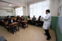 KARABAĞ - Bayraklı'da Başarılı Öğrencilere Burs Desteği