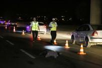 ESKIŞEHIR OSMANGAZI ÜNIVERSITESI - Eskişehir'de Yayaya Kamyon Çarptı Açıklaması 1 Ölü