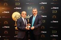 JEOLOJI - Geceye Destek Veren Sponsorlardan Oktay Öz Ödülünü Aldı