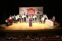 KADIR TOPBAŞ - Sanat Festivalinde Gençler Sahne Aldı