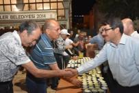 FARUK ÇELİK - Şehzadeler Belediyesinden Teravih Sonrası Limonata İkramı