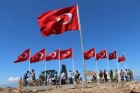 GÜVENLİK GÜÇLERİ - 9 Şehidin Verildiği Keltepe'ye 9 Türk Bayrağı