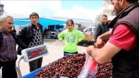 Ardahan'da Ramazan İle Birlikte Kent Parazarı Hareketlendi