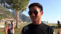 YAMAÇ PARAŞÜTÜ - Babadağ'da Hortum Paraşütçüleri Korkuttu