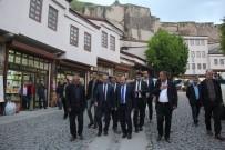 CENNET - Bitlis'te Sokak Sağlıklaştırma Çalışmaları Devam Ediyor