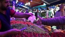 ÖMER YıLMAZ - Çarşı Pazarda Ramazan Bereketi