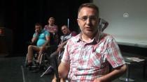 BEDENSEL ENGELLİ - Engellerini Tiyatro İle Aşıp Hayata Tutunuyorlar