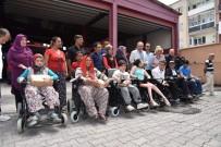 SOSYAL HİZMETLER - Engellilerin Yüzü Büyükşehirle Güldü