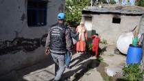 GAZİ YAKINLARI - 'Halkını Hakir Gören Belediye Mazide Kaldı'