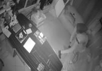 HIRSIZLIK BÜRO AMİRLİĞİ - Hırsızlar Önce Güvenlik Kamerasına Sonra Polise Yakalandı
