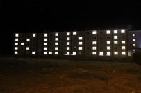 KREDI VE YURTLAR KURUMU - KYK Öğrencileri, Yurt Binalarını 'Kudüs' Yazısıyla Işıklandırdı