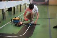 ROBOT YARIŞMASI - Robot Yarışmasına Damga Vuran Öğrenciler Ödüllendirildi