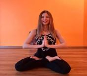 YOGA EĞİTMENİ - Yoga yapmak stresten arındırıyor