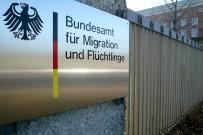 SKANDAL - Almanya'da, 18 Bin İltica Dosyası Yeniden İnceleniyor