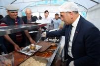 KITAP FUARı - Altınordu Belediyesi Her Akşam Bin 200 Kişiye İftar Veriyor