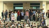 SATRANÇ - Başbakan Yıldırım Ramazanın İlk Cuma Namazını Başkentte Kıldı