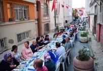 TAKSIM MEYDANı - Dolapdere Sakinleri Sokak İftarında Buluştu