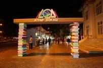 MUSTAFA ÖZEL - Haftasonu Etkinlikleri Kitap Sokağı'nda