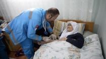 Hastaların Hem Duasını Hem Gönlünü Alıyorlar