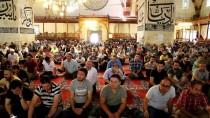 FATIH SULTAN MEHMET - Kılıçla Hutbe Geleneği Edirne'de Sürüyor
