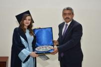 SAĞLIKÇI - Okul Birincisi Diplomasını Başkan Alıcık'tan Aldı
