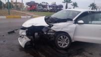 HALITPAŞA - Saruhanlı'da Trafik Kazası Açıklaması 2 Yaralı