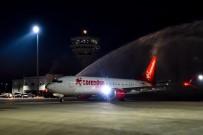 ORTA ASYA - Türkiye'nin İlk Boeıng 737 MAX 8'İ Antalya'ya İndi