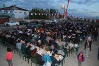 KAYHAN TÜRKMENOĞLU - Tuşba Belediyesi'nin 'Kardeşlik Sofrasına' Yoğun İlgi