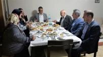 KARABAĞ - Vali Pekmez Şehit Ailesi İle İftar Yaptı