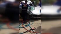 UZMAN ÇAVUŞ - Amasya'da Otomobil İstinat Duvarına Çarptı Açıklaması 4 Yaralı