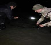 MUSTAFA AKKUŞ - Avlanma Yasağını Dinlemediler Açıklaması 9 Ton Yakalandı