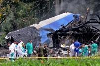 PATLAMA SESİ - Düşen Küba Uçağından 3 Kişi Sağ Kurtuldu