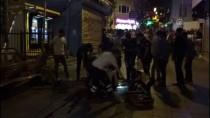 KALP MASAJI - GÜNCELLEME - Kadıköy'de Bıçaklı Kavga Açıklaması 1 Ölü