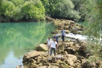 MANAVGAT ŞELALESİ - Irmakta Kaybolan Çocuk Dalgıçlar Tarafından Aranıyor
