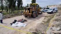 İş Makinesinin Çarptığı Motosikletin Sürücüsü Öldü
