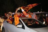 KIZILAY MEYDANI - Kızılay'da Galatasaraylı Taraftarların Şampiyonluk Coşkusu