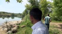 JANDARMA KOMUTANLIĞI - Manavgat Irmağı'nda Akıntıya Kapılan Çocuk Kayboldu