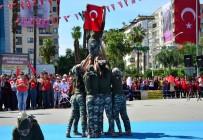 GENÇLİK VE SPOR İL MÜDÜRÜ - Minik Komandolar Şov Yaptı